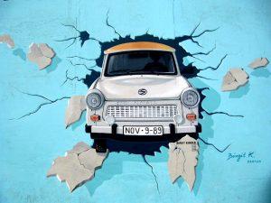 Art 2 – Graffiti Berlin Wall