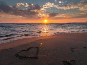 Love 5 Art Beach Beautiful
