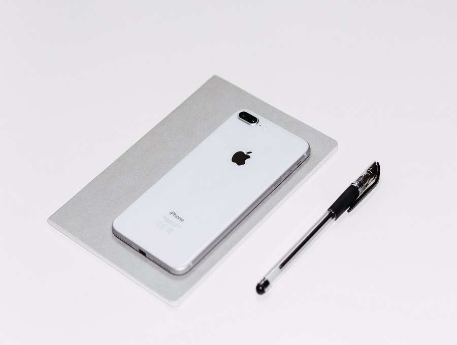 ipone with pen