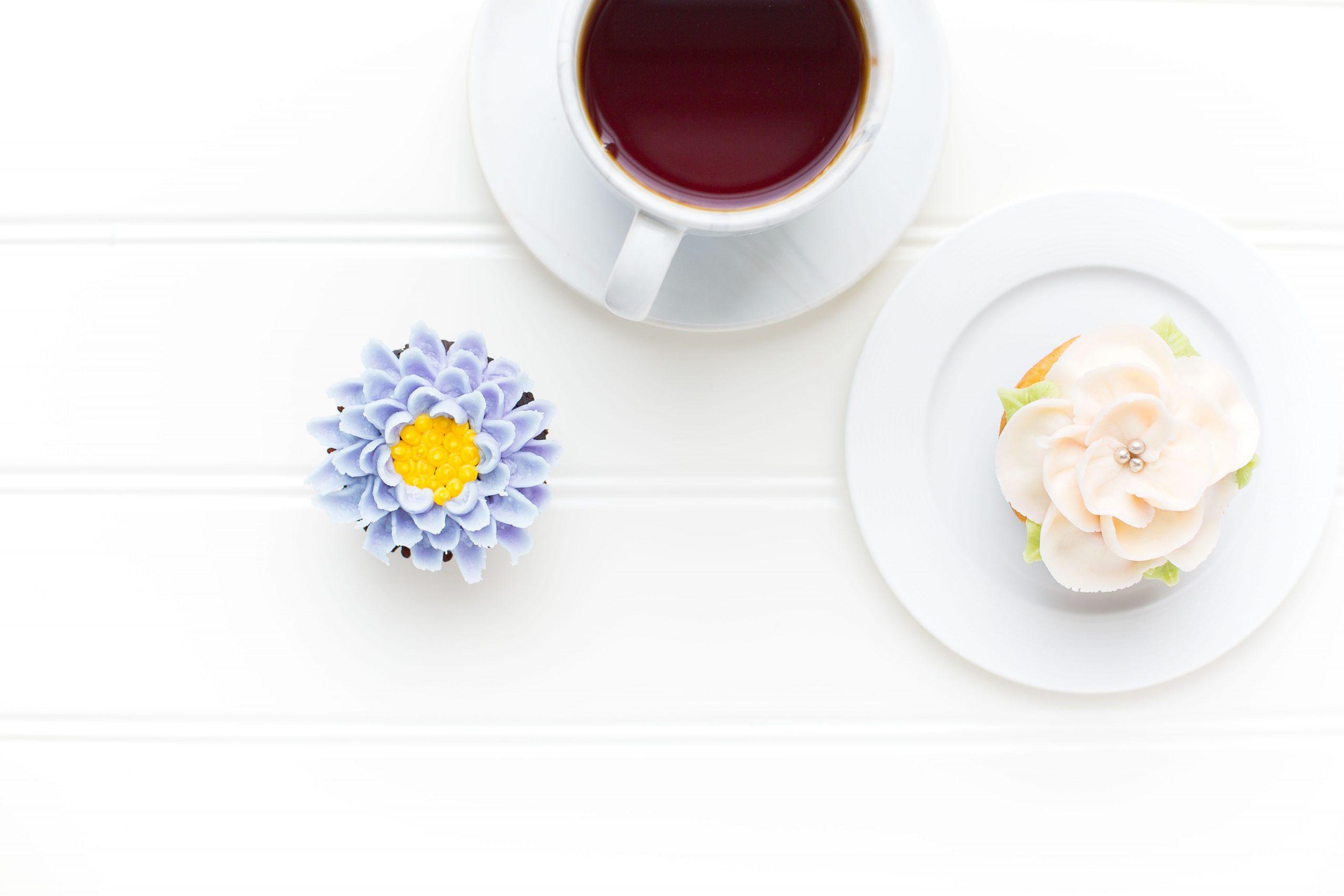 coffee & flower cake