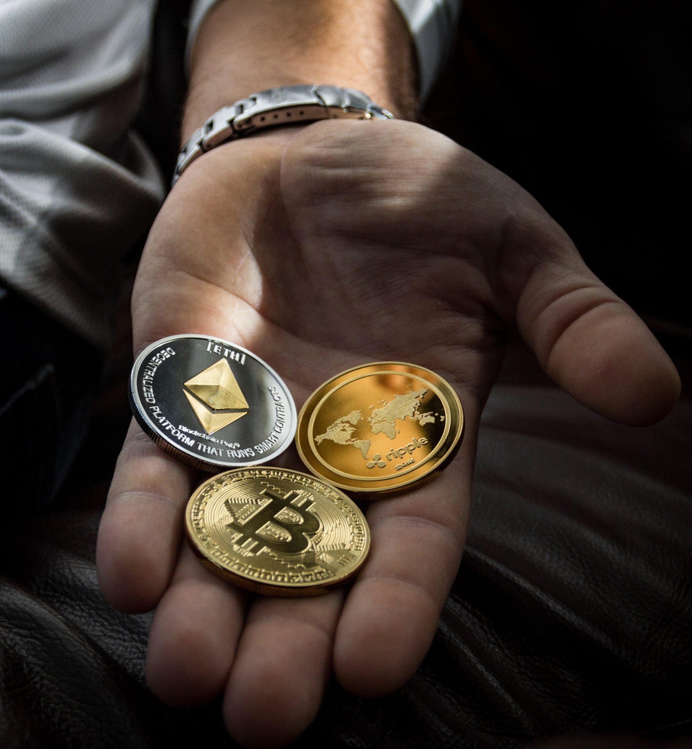 bitcoin-blockchain-close-up-1097946-min