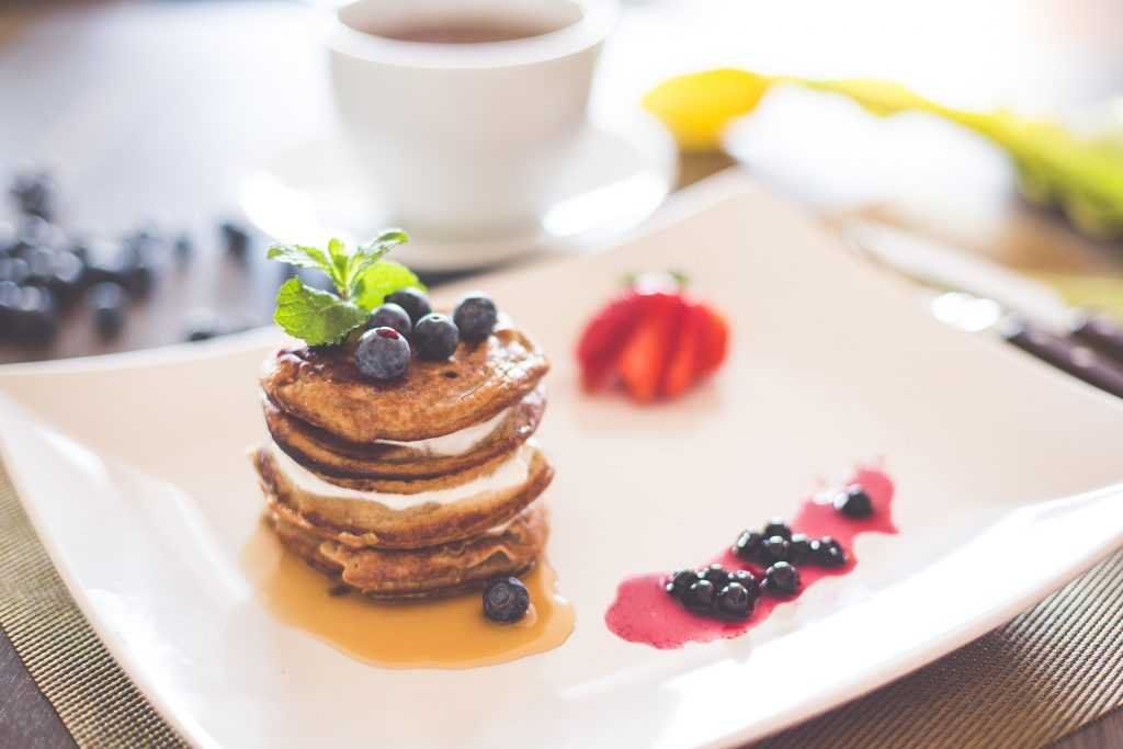 healthy-pancakes-with-cottage-cheese-and-blueberries-picjumbo-com-min